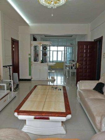 瑛璞公寓精装3楼112平62万,车库12万,一小二中公园