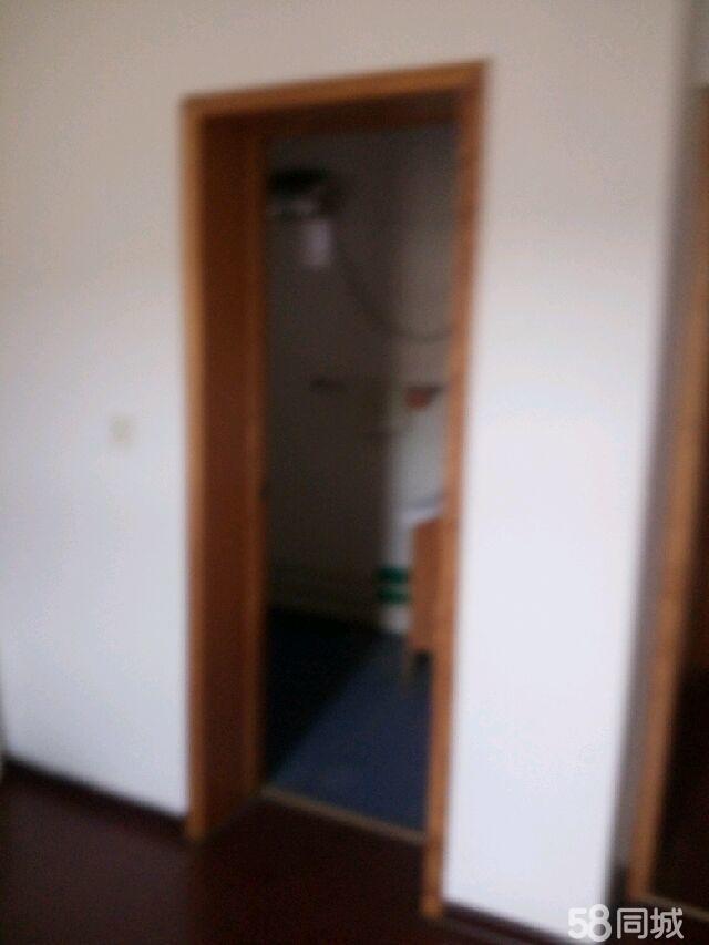 东升花园3室2厅2卫
