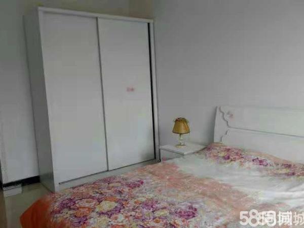 森宇秀林苑,精装2室,老人居住首选,只需要25万,随时看房