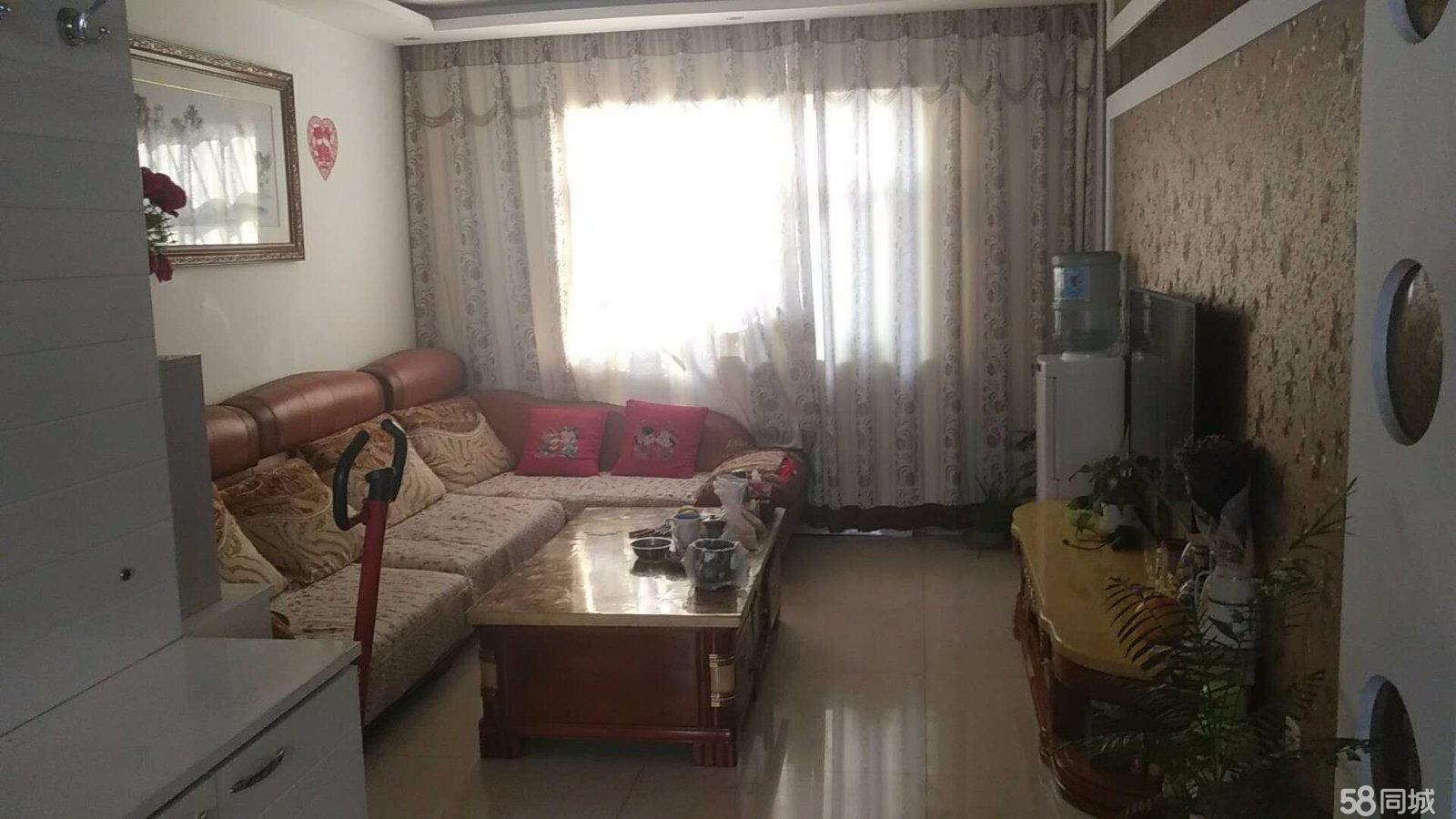 平定平定新派小区2室1厅1卫带家具80平米