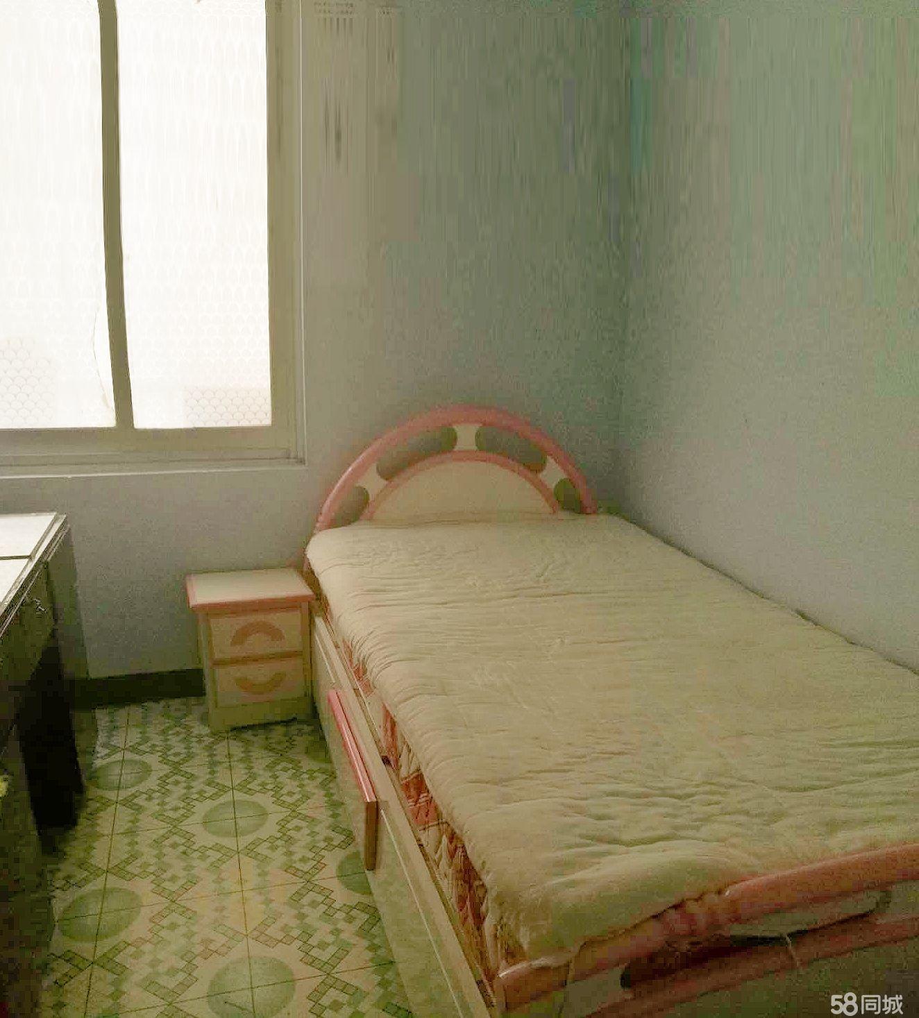 府苑小区3室2厅1卫89.7平米