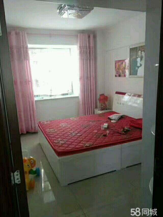 润泽园小区2室2厅1卫