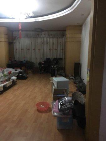 胜利一小区房屋出售地下室20平