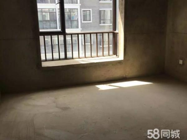 茶马古镇202平米5室2厅2卫112万*复式楼毛坯房