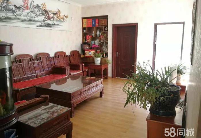 香巴拉小镇,一楼双花园户型,两个院子超过80平米 四室两厅