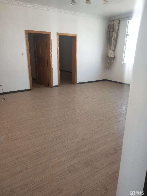 东旺路植保小区3室1厅1卫120已装修急售