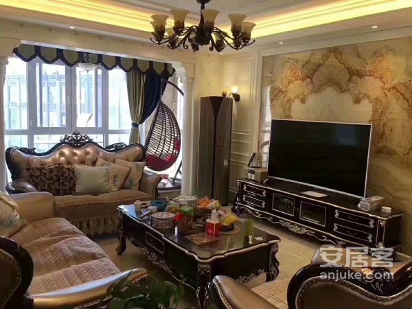 低于市场价,红谷滩中心高端品质小区,大气四房豪装品牌家电送!
