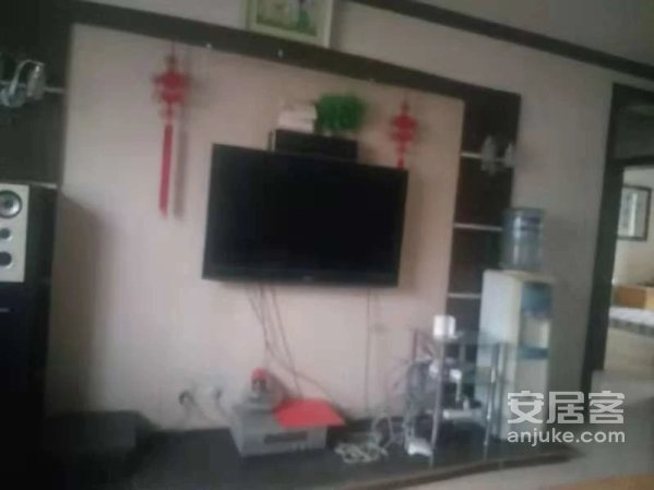 丁香新村环疆附近三室中装拎包入住可按揭