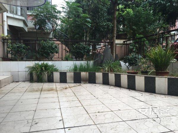 中山小区二期两房两厅一卫精装实图中庭一楼带花园