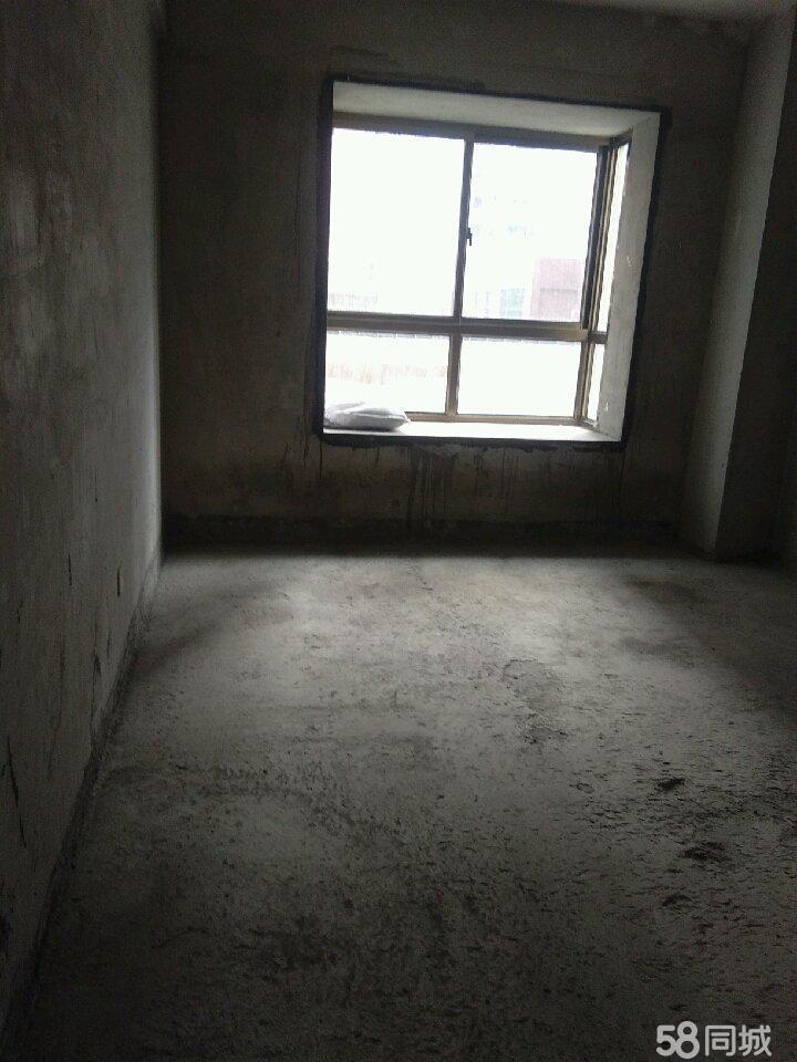 长安名都3室2厅2卫房屋出售