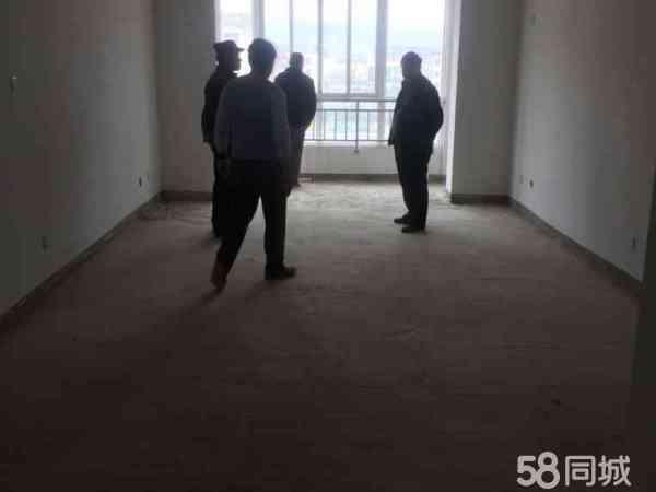 银平家园5楼105平米34万元,毛坯房诚售