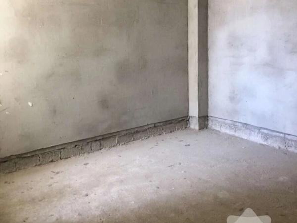 汇侨城玫瑰园毛坯2房电梯中高层单价不到5000
