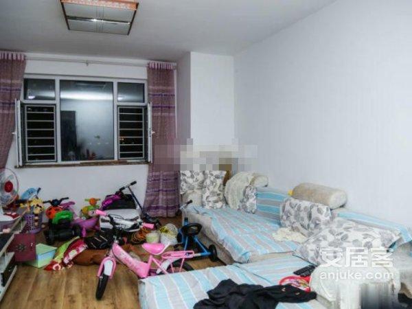 澎湖山庄 中间楼层 南北通透两居室 户型方正 双南卧