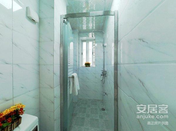 房东诚意出售,满五年,精装三房,楼层好户型通透,产证清晰