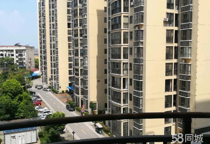 电梯毛坯东城明珠 2室2厅1卫38万