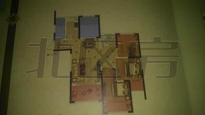 中南世纪城 4室2厅1卫 毛坯