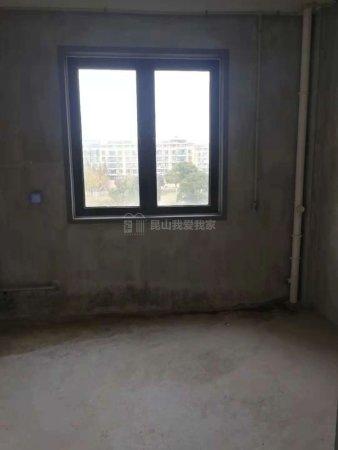 昆玉九里,毛坯四房,180平,小区中心位置不靠路,3楼,急卖