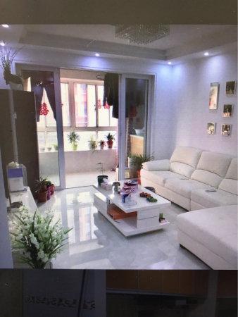 急售水印西堤精装2房婚装3楼带车库10平米靠近水晶城京华城。