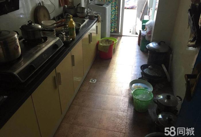 京龙阳峰佳苑 户型方正 赠送超大独立后花园 洗手间带浴缸