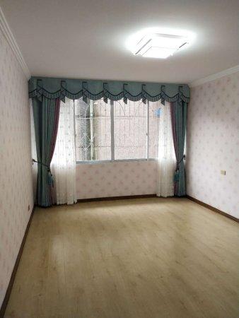 东山巷小区 2室2厅1卫 精装修