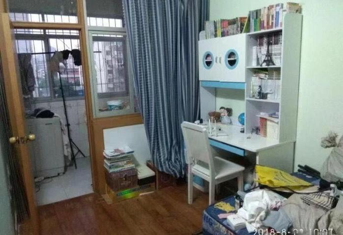 东苑小区 2室2厅1卫 精装修