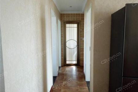 世茂城一期 3室 2厅 121.57平米二手房