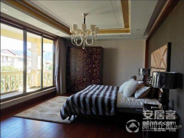 呈贡阳宗海海边别墅单价9500现房即买即住