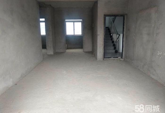 城区紫来花园 2室2厅1卫 84平米送车库