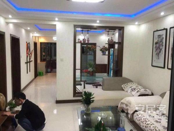 东风新家园 3室2厅1卫 简装修