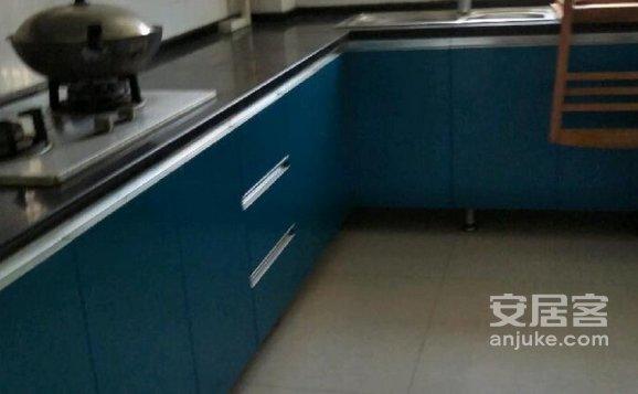 香苑小区3室2厅1厨1卫1阳台