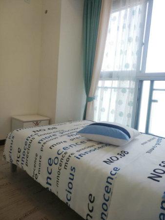 1958三室两厅两卫精装修带家具拎包入住