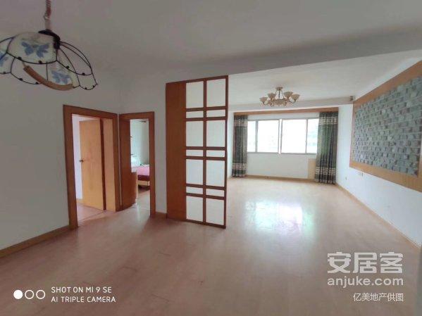 江边小区单价7800带装修3房宜居