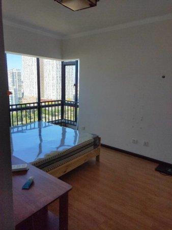 河畔人家市中心海景房精装3室诚心出售