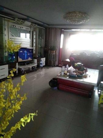 恋日绿岛3楼精装3室2厅2卫房本满5年首付38万左右落地阳台