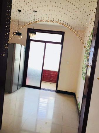 金色家园美丽星城爱佳小区旁康乐佳苑多层三室带地下室拎包入住
