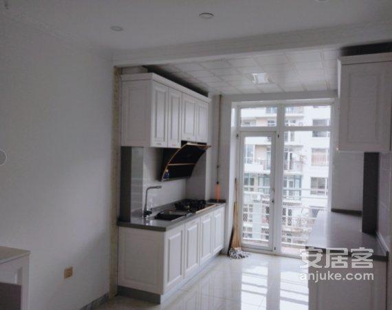 解放大路火车站东广场万达江畔人家4楼大H户型精装修可随时看房