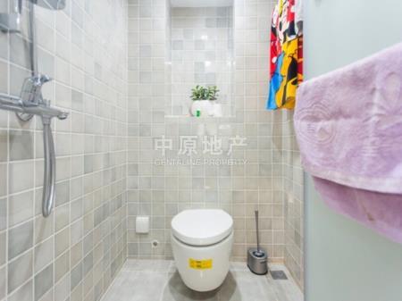 锋尚国际公寓2室2厅1卫