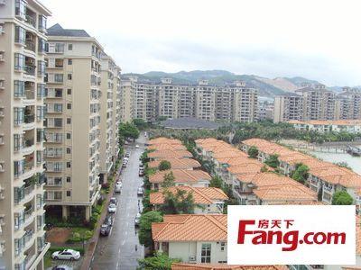 东海山庄简装四房大户型高楼层二手房