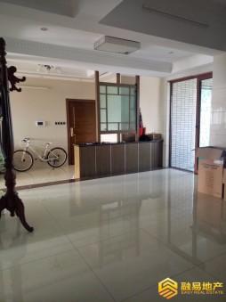 出售光大锦绣山河一期4房2厅精装修朝南售价560万二手房