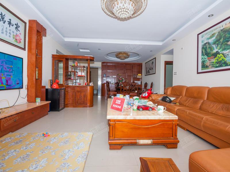 大岭山凯东新城,豪华五房出售。二手房