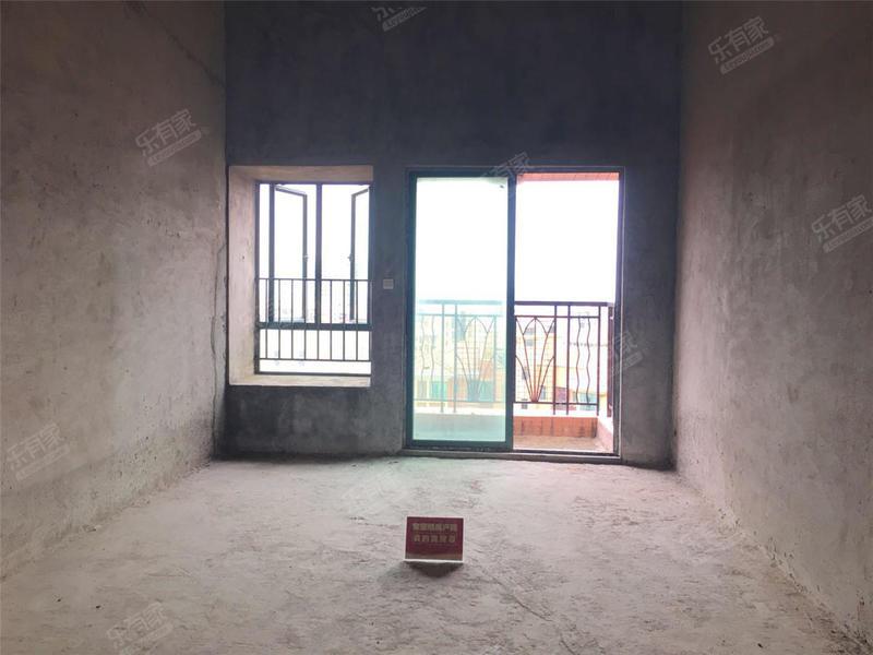丰泰东海城堡满2年90方毛坯可做复试正南朝向层高可做阁楼二手房