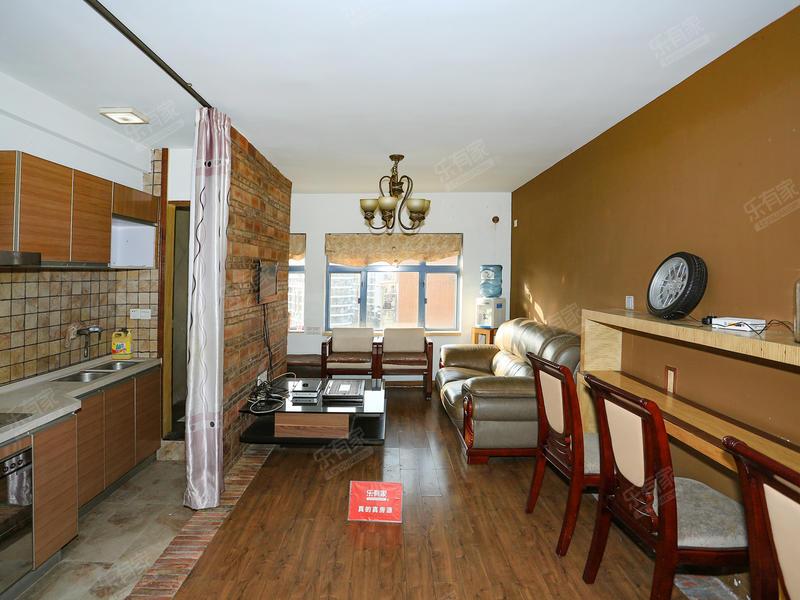 理想二期复式两房出售二手房