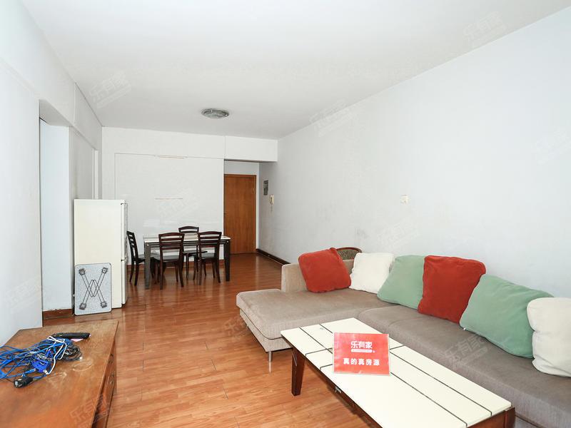 东泰四期大两房业主诚心出售,看房方便有钥匙二手房