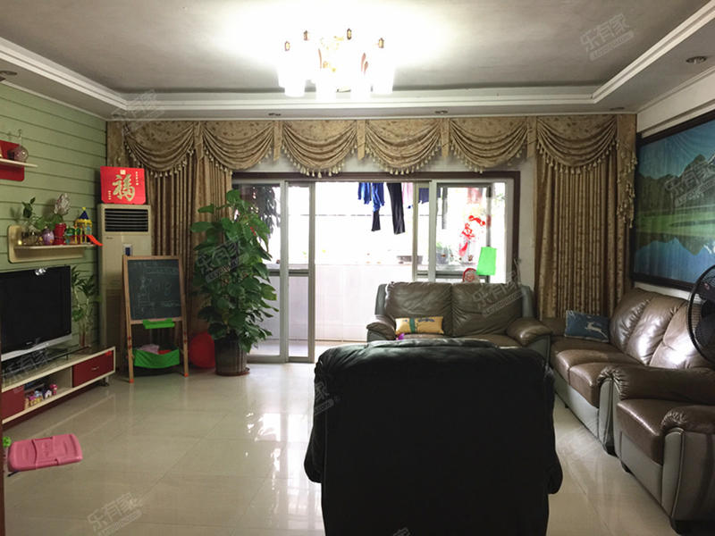 虎门威远岛成熟物业,精装三房靠江环境好二手房