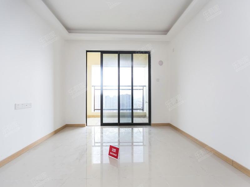 万科城市广场,精装三房,业主诚意出售看房方便二手房