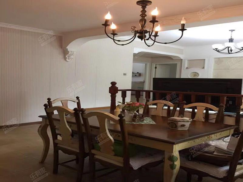 隆福花园精装修3房业主诚心出售二手房