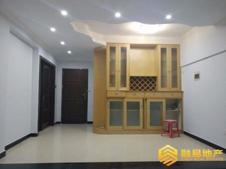 出售石竹新花园3房2厅精装修东南售价200万二手房