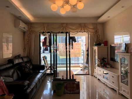 1.业主诚心出售,小区配套完善,居住舒适二手房