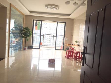 怡丰翠云轩4室2厅238万二手房