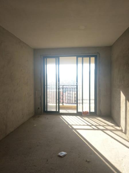碧湖湾,好房子,业主诚心出售。二手房